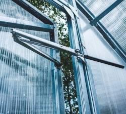 Как правильно проветривать теплицы из поликарбоната