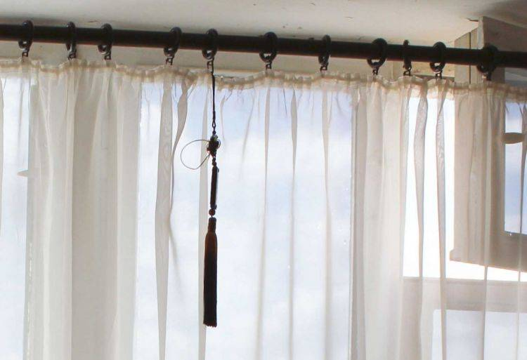 Жесткий ламбрекен (50 фото): шторы для зала с бандо, ткань, как сделать, своими руками, видео