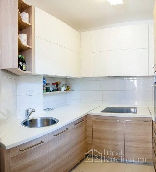 Угловые малогабаритные кухни (103 фото): варианты дизайна кухонь для небольших квартир, нюансы размещения кухонного гарнитура и холодильника