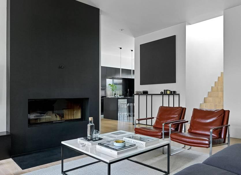 Дизайн интерьера гостиной с двумя окнами: разъясняем нюансы