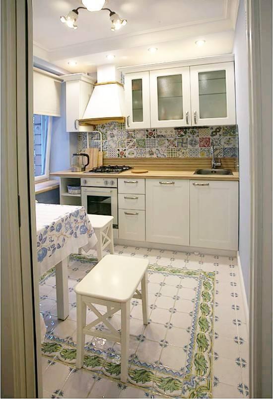 Белый фартук: как подобрать фартук к кухонному гарнитуру по цвету для классической кухни, фото с белым фартукомкухня — вкус комфорта