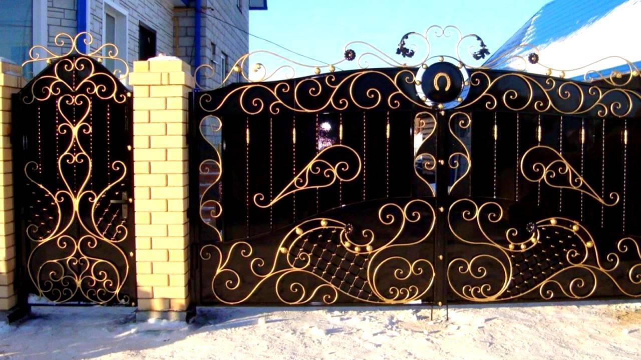 Обустраиваем участок своими руками: ворота и калитки из профнастила с элементами ковки