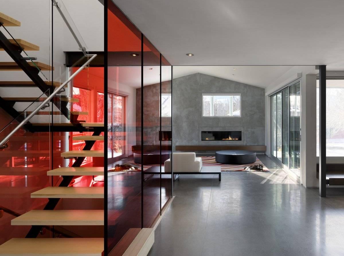 Витражи в интерьере: потолочные, в перегородках, дверях, окнах (90 фото)