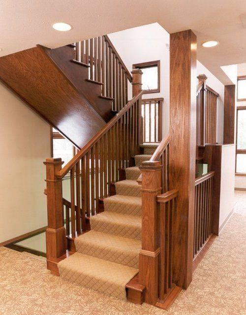 Варианты оформление лестничного проема в частном доме - 75 фото
