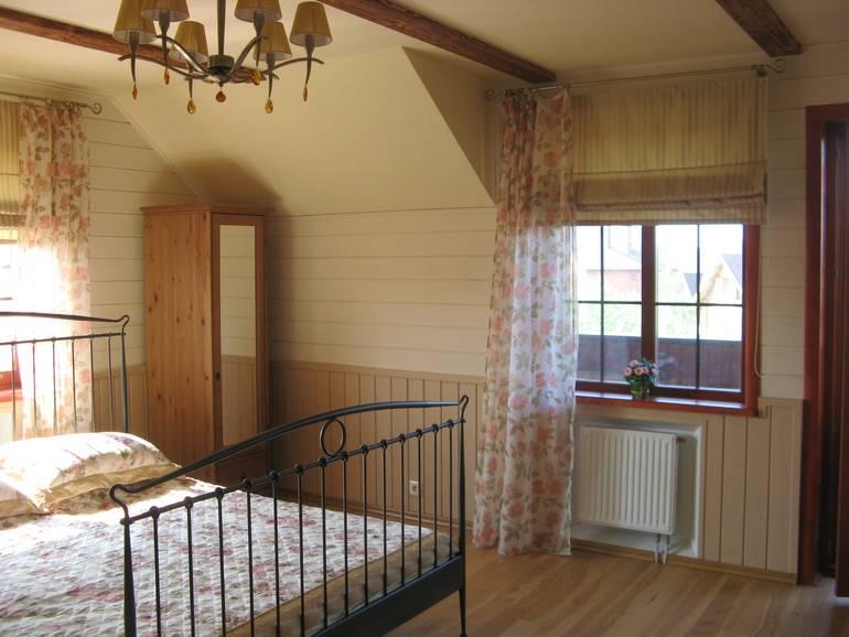 Как обшить дом вагонкой: как красиво и правильно своими руками выполнить работу на стенах снаружи и внутри, на потолке, по деревянной постройке?