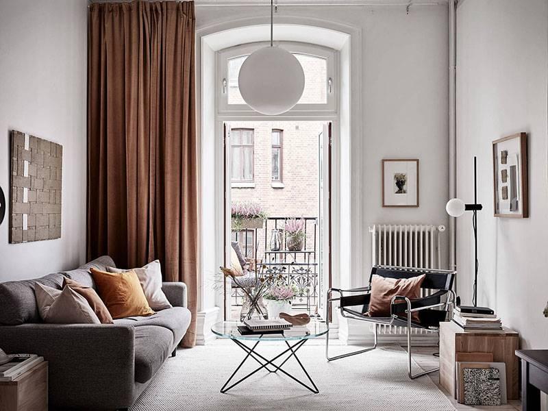 Гостиная с высоким потолком, 10 вариантов дизайна - фото интерьеров