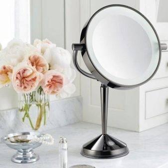 Зеркало с подсветкой для макияжа (40 фото): косметическое гримерное зеркальце с лампочками и макияжное круглое изделие для визажиста