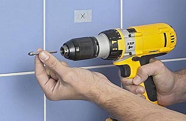 Чем и как просверлить кафельную плитку на стене – пошаговоя инструкция сверления керамической плитки (фото)