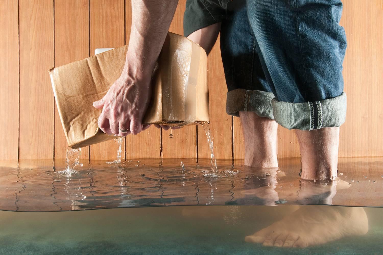 Затопили соседи — что делать и куда обращаться