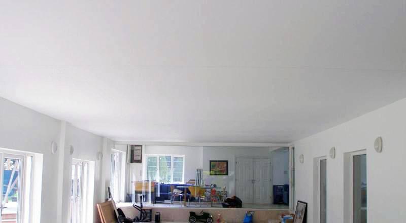 Без швов натяжные потолки