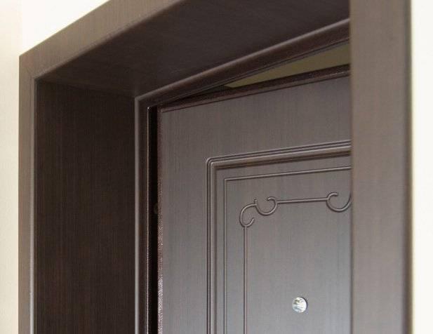 Доборы на входные двери: установка своими руками на металлическую коробку, фото процесса