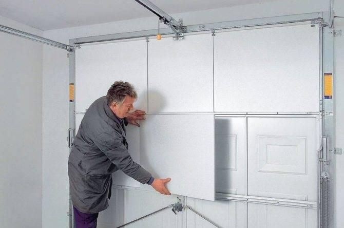 Как утеплить ворота гаража пеноплексом и минватой: полезные советы