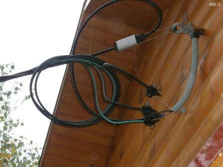 Ввод электричества в дом: под землей, от столба, вводное устройство и выбор провода