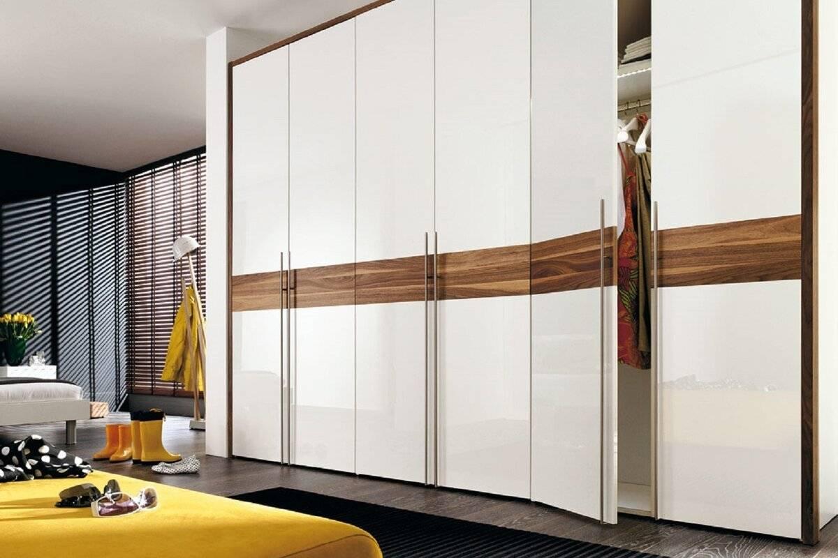Белый шкаф в спальню, самые красивые варианты и их особенности