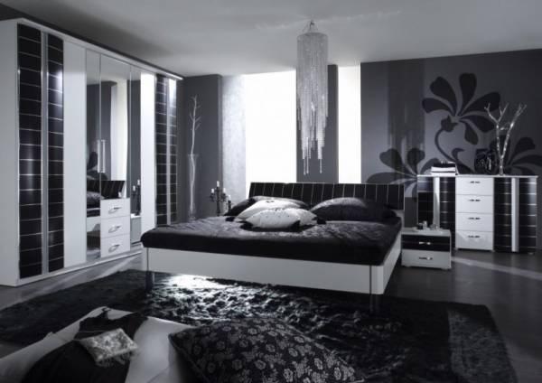 Красная спальня (58 фото): дизайн интерьера в красно-белых и красно-черных тонах, с синими акцентами