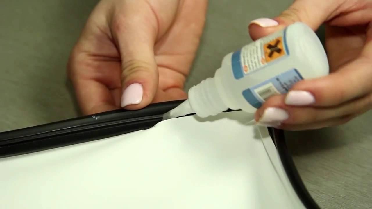 Выбор клея для натяжного потолка или как эффективно удалить дефекты конструкции