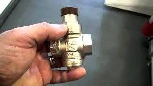 Регулятор давления воды в системе водоснабжения: применение, виды, установка