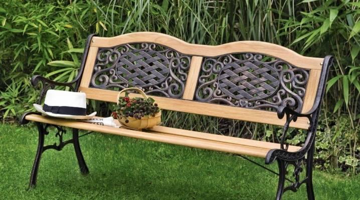 Скамейки из дерева для дачи