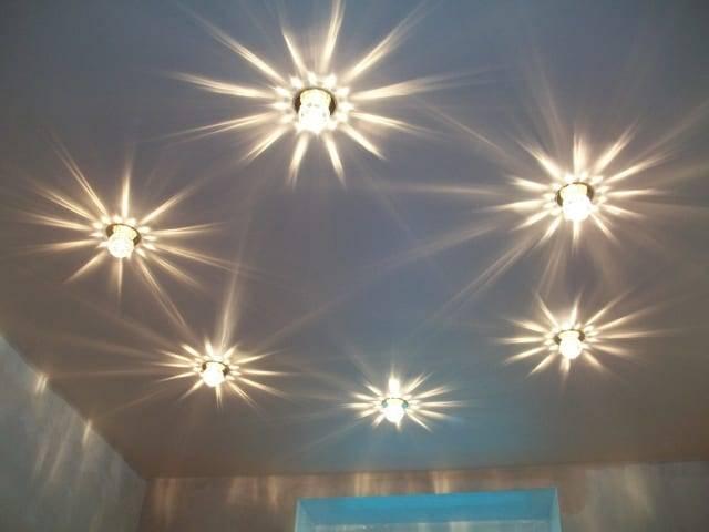 Какие люстры подходят для натяжных потолков: 135 фото выбора и нюансов монтажа люстр для натяжных потолков