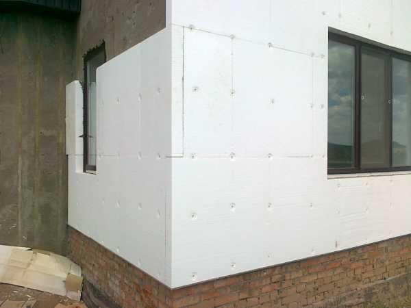 Утепление фасада пенопластом своими руками, марка и толщина материала, технология работ
