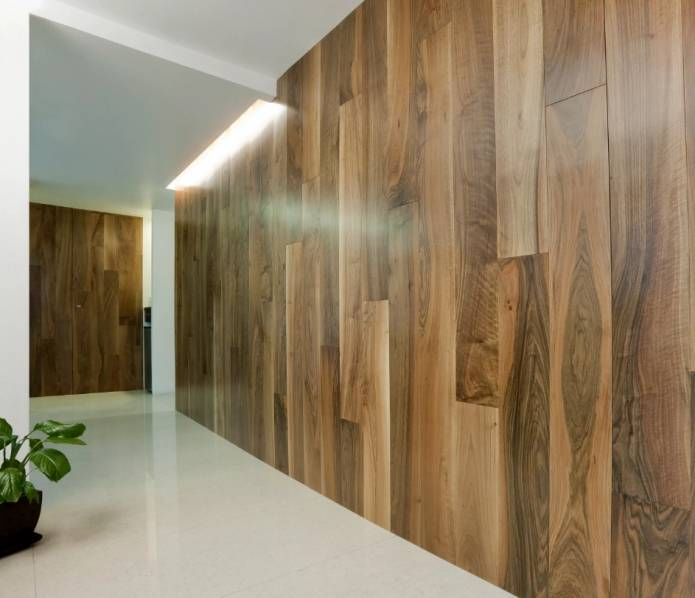 Отделка стен ламинатом (56 фото): как крепить разными способами, правила монтажа, идеи дизайна обшивки в коридоре и прихожей