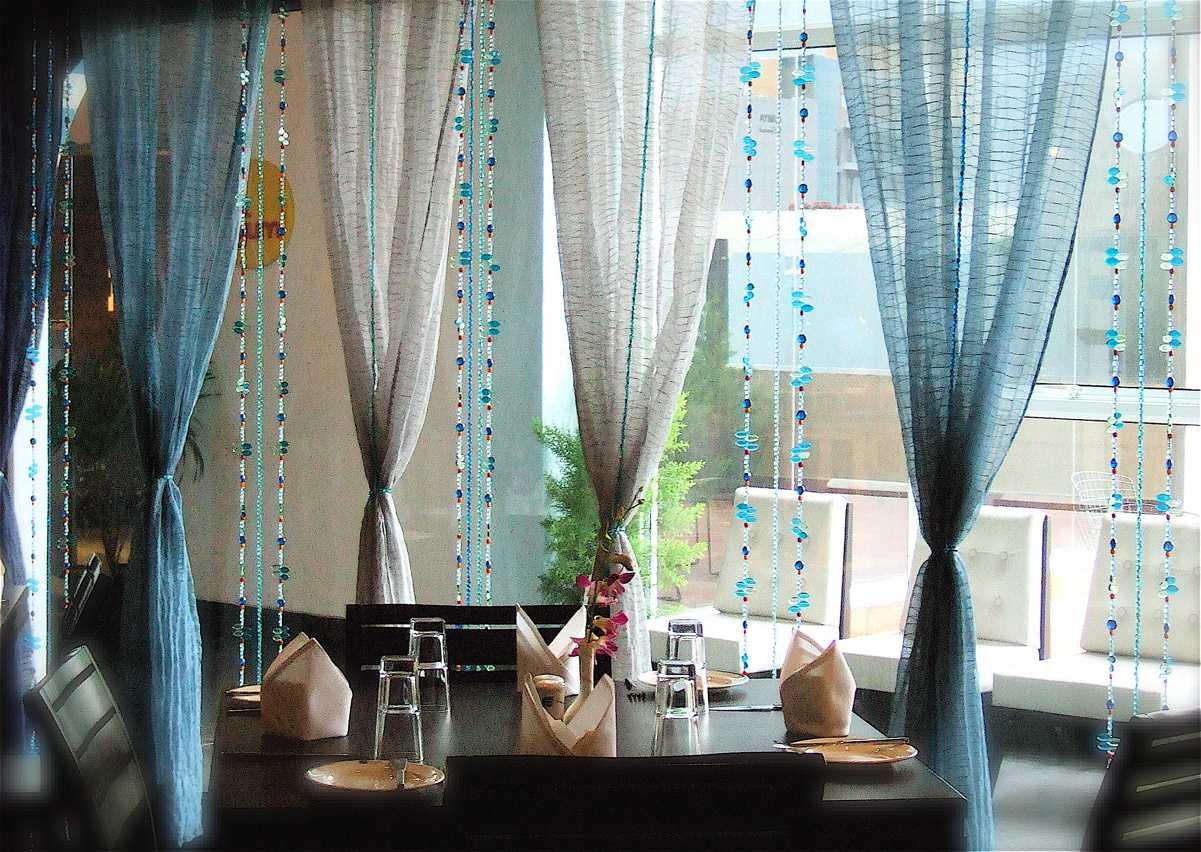 Декор штор — интересные идеи оформления и варианты украшения штор в современных интерьерах (95 фото)
