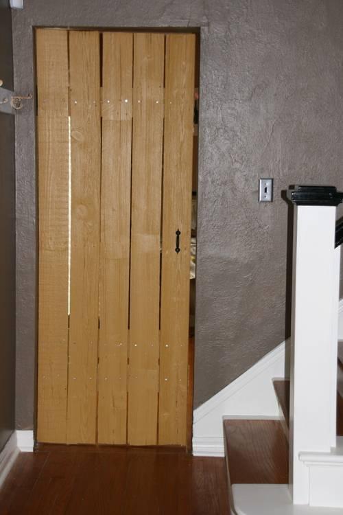 Как сделать деревянный шкаф своими руками из доски, реек или бруса: фото изделий