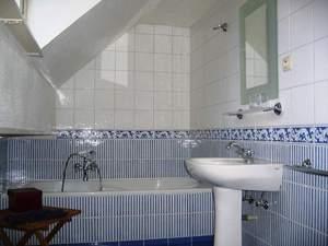 Как сделать бюджетный ремонт ванной комнаты: 9 реальных идей