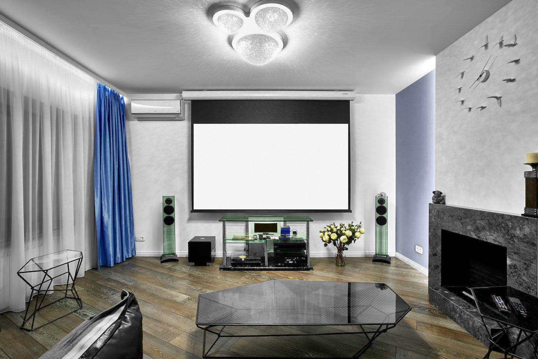 Электрический камин с телевизором. Как разместить камин и телевизор на одной стене