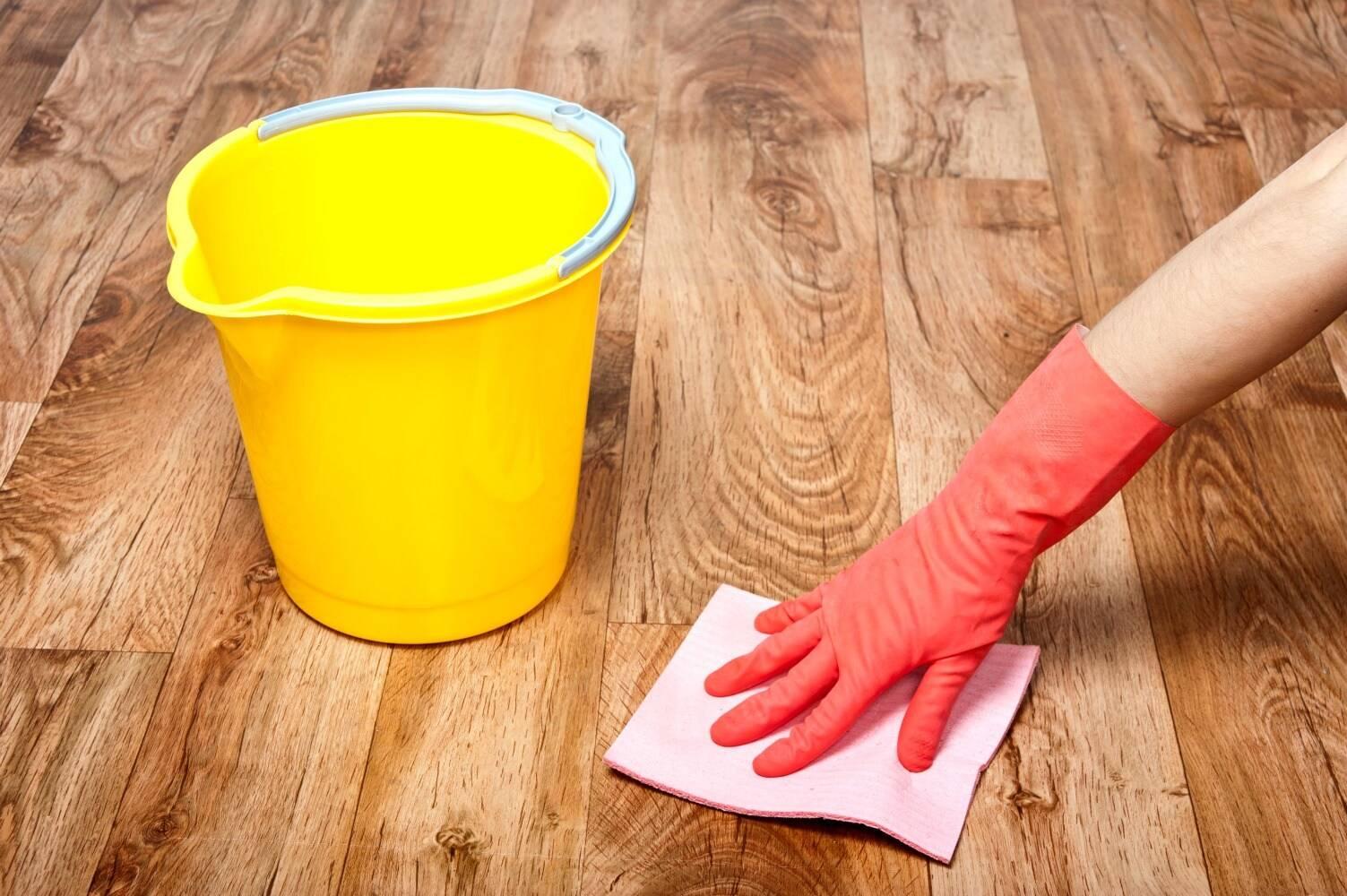 Чем отмыть линолеум от въевшейся грязи