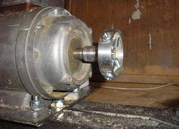 Токарный станок по дереву своими руками: изготовление станины, бабок, установка двигателя и резцов