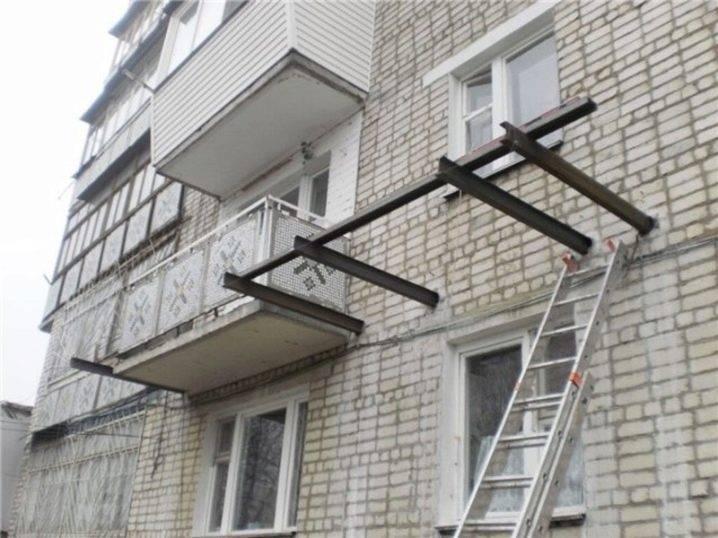 Все варианты и методы расширения балкона в хрущевке и многоквартирном доме с фото и описанием