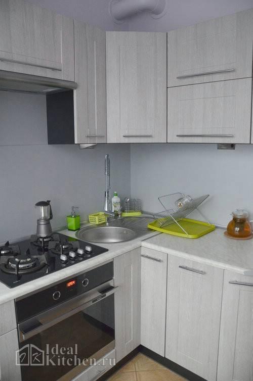 Дизайн узкой кухни: варианты планировки и идеи оформления
