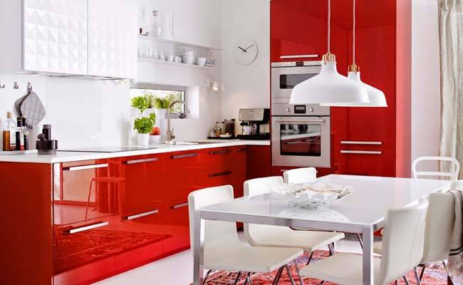 Дизайн кухни бордового цвета — сочетание его в интерьере
