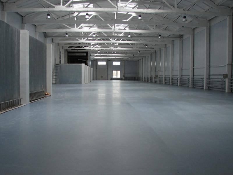 Внутренняя отделка складских помещений: как выбрать краску?