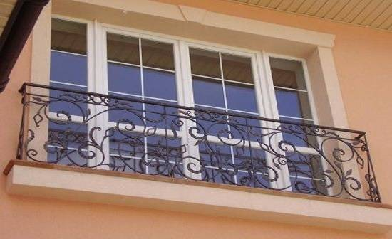 Французский балкон: фото идеи дизайна, выбор дверей и остекления