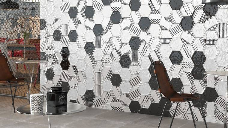 Мозаика антонио гауди (42 фото): плитки-шестиугольники в современом интерьере, шестиугольная и другая популярная форма керамики