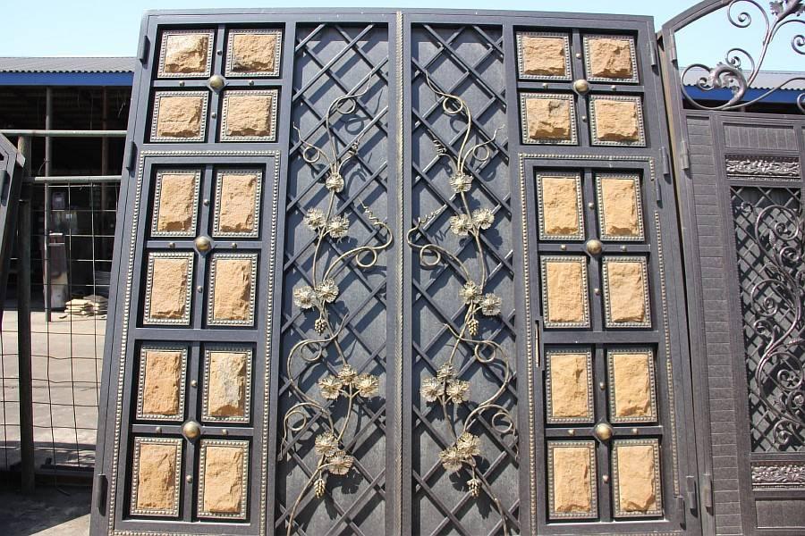Красивый дизайн ворот и калиток для частного дома, фото