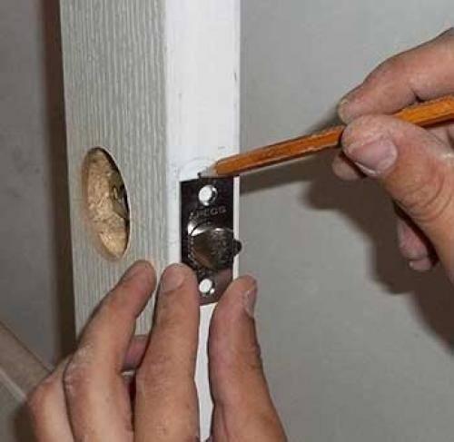 Как установить замок на железную дверь своими руками - myprofnastil