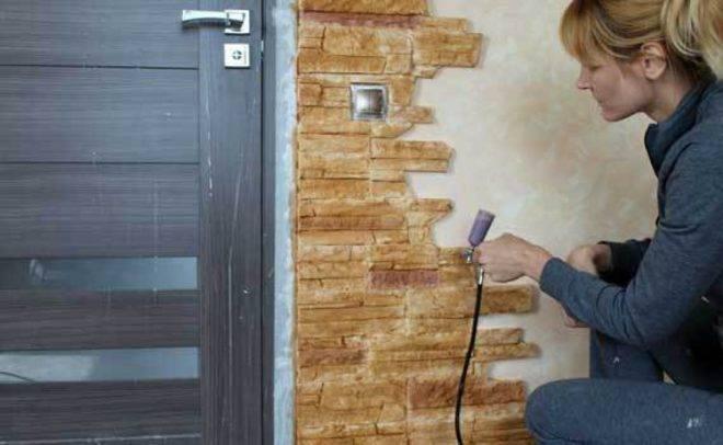 Как самостоятельно покрасить декоративный камень