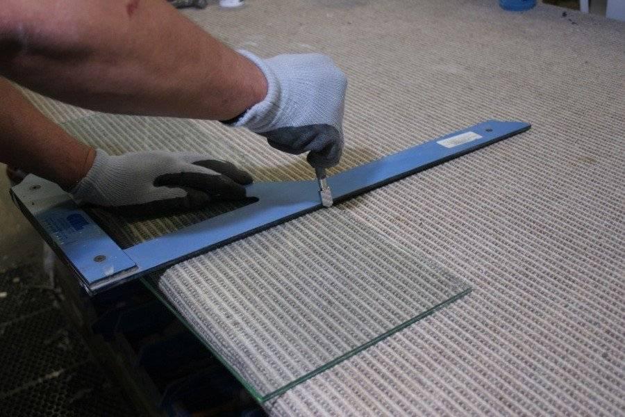 Как резать стеклорезом правильно в домашних условиях?