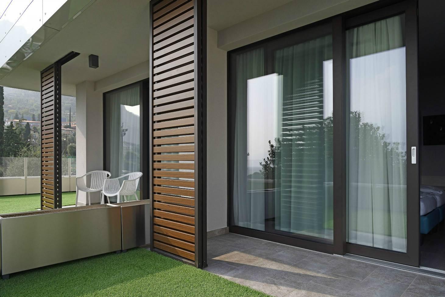 Панорамные французские окна в квартире: проект, согласование, установка