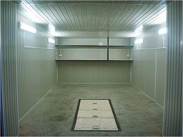 Как утеплить металлический гараж изнутри своими руками?