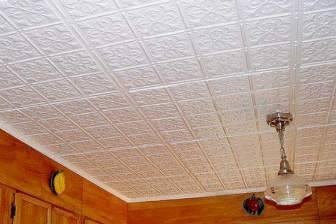 Чем покрасить потолочную плитку из пенопласта