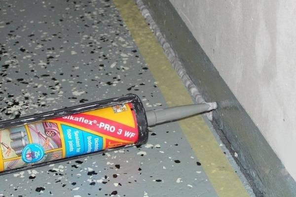 Герметик для бетона: варианты для заделки деформационных швов и бетонных полов, шовная продукция, ремонт герметизация изнутри