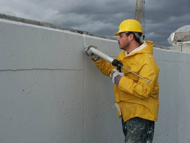 Герметик для бетона: применение для заделки деформационных швов, шовный герметик для бетонных полов, ремонт и герметизация септика изнутри