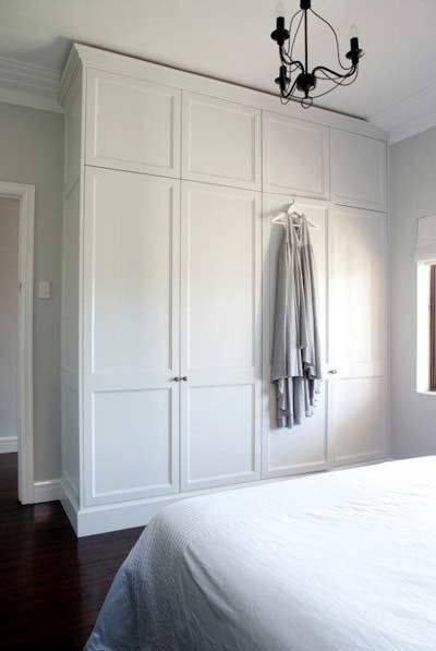 Белый шкаф в спальню - 100 фото идей дизайна и сочетания в интерьере