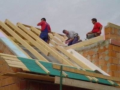 Технология монтажа стропил на крышу