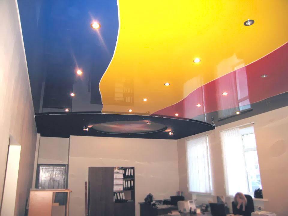 Натяжные потолки – палитра цветов, выбираем подходящий цвет