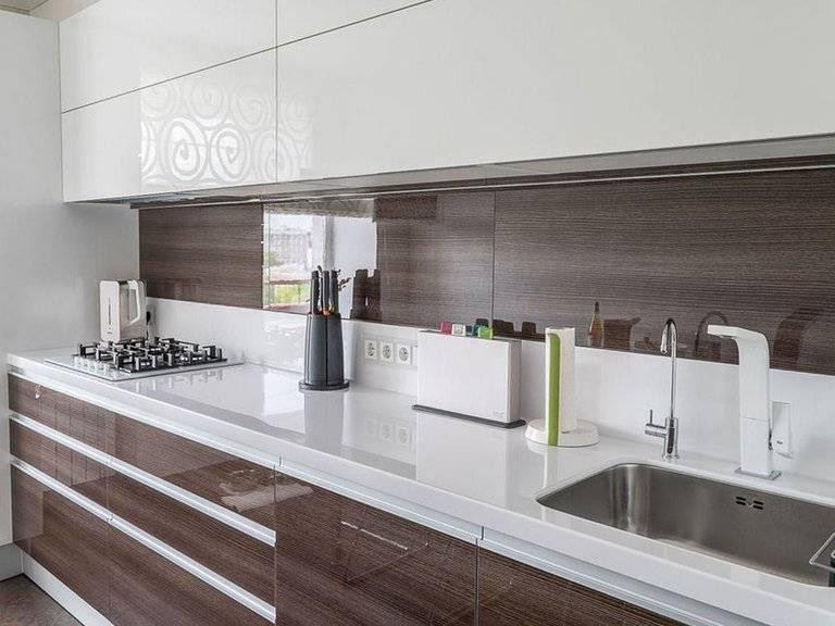 Кухонная мебель цвета слоновой кости: фото и сочетание светлого дизайна с обоями и основными красками такими, как белый, коричневый, а также серый и черный